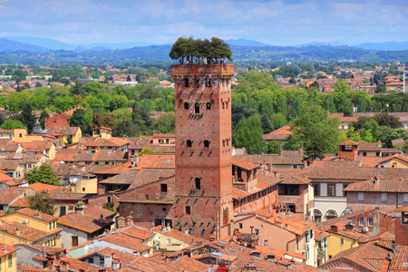 Lucca, Italy - medieval town of Tuscany. Aerial view with Guinigi Tower. Stockfoto