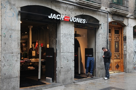jones: MADRID, SPAIN - OCTOBER 21, 2012: Jack Jones fashion store in Madrid. Jack Jones is part of Bestseller, Danish clothing company which also owns the brands Vero Moda, Mamalicious and Junarose.