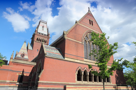 ivy league: Cambridge, Massachusetts in the United States. Famous Harvard University - Memorial Hall. Stock Photo