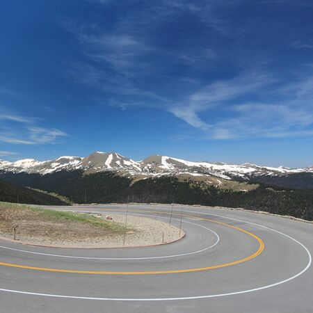 rocky mountain national park: Rocky Mountain National Park in Colorado, USA. Winding mountain road - Trail Ridge Road.