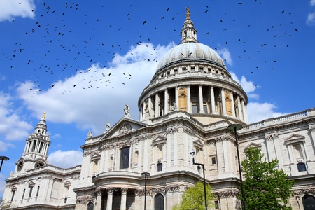 anglican: Saint Pauls Anglican Cathedral in London, UK. Ominous crows.