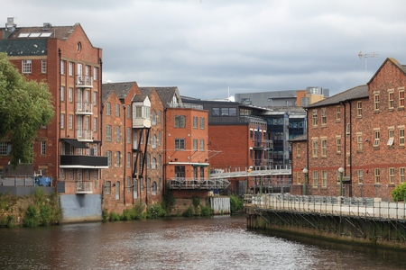 west river: Leeds - city in West Yorkshire, UK. River Aire architecture.