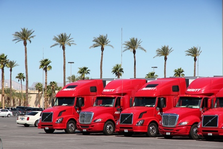 nv: LAS VEGAS, USA - APRIL 14, 2014: Averitt semi trucks parked in Las Vegas, Nevada. Averitt Express is a privately owned US transportation group with over 100 facilities in 18 states. Editorial