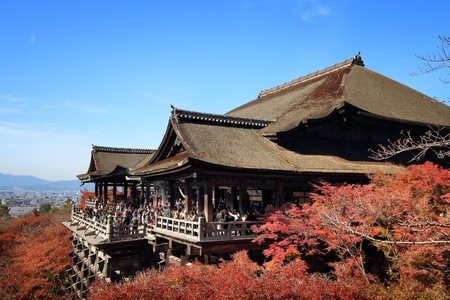 momiji: KYOTO, JAPAN - NOVEMBER 26, 2016: People visit Kiyomizu-dera Temple in Kyoto, Japan. Kyoto has 17 UNESCO World Heritage Sites.