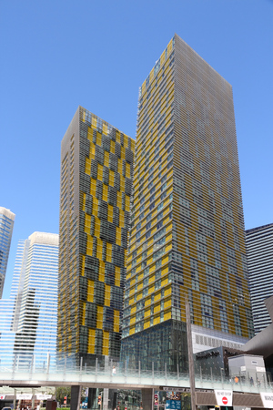 LAS VEGAS, USA - APRIL 14, 2014: Veer Towers in CityCentre in Las Vegas. The complex was completed in 2010 and was designed by Murphy-Jahn Architects. Редакционное
