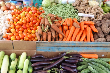 Local vegetables market in El Nido, Palawan, Philippines. Colorful veggies. 스톡 콘텐츠