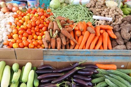 Mercato locale di ortaggi a El Nido, Palawan, Filippine. Verdure colorate