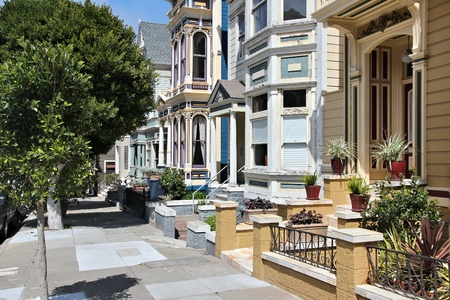 Painted Ladies - historic architecture at Alamo Square, San Francisco.