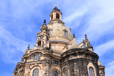 Dresden city in Germany (State of Sachsen). Frauenkirche Lutheran church. Baroque landmark rebuilt after World War 2 destruction. Standard-Bild - 111714141