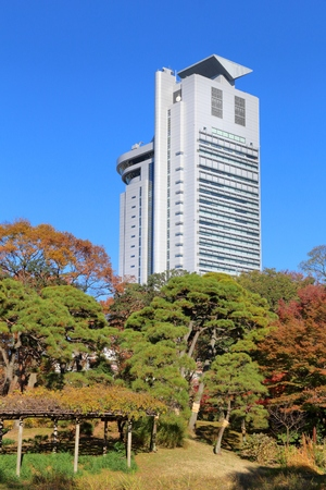 TOKYO, JAPAN - NOVEMBER 29, 2016: Bunkyo Civic Center skyscraper in Tokyo. Bunkyo is one 23 special wards of Tokyo. 에디토리얼