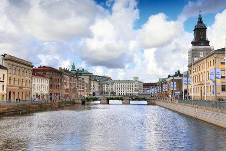 Göteborg, Szwecja - 26 sierpnia 2018: Widok miasta Göteborg, Szwecja. Göteborg jest drugim co do wielkości miastem w Szwecji z milionem mieszkańców w obszarze metropolitalnym. Publikacyjne
