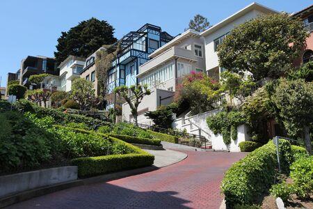 Lombard Street in San Francisco city, California. 스톡 콘텐츠