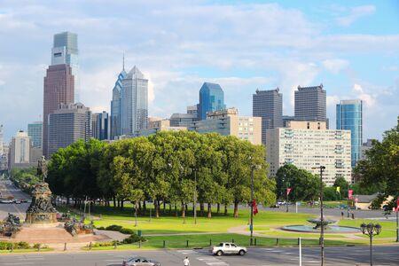 Philadelphia city, Pennsylvania. City skyline with Eakins Oval traffic.