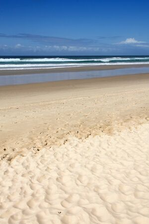Sandy beach in Surfers Paradise city, Gold Coast region of Queensland (Australia) 写真素材