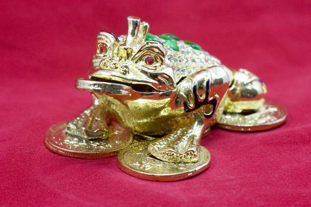 Le célèbre trois pattes feng shui argent grenouille. Banque d'images - 4461844