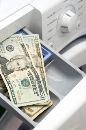 lavadora con ropa: Lavadora de ropa