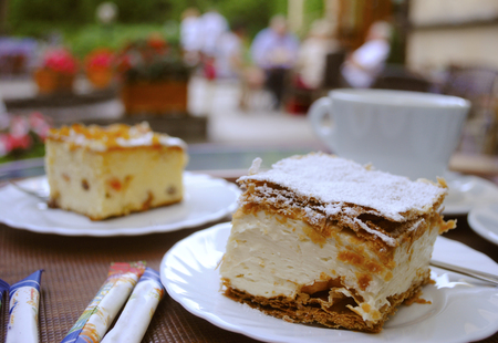 cream on cake: pastel de crema