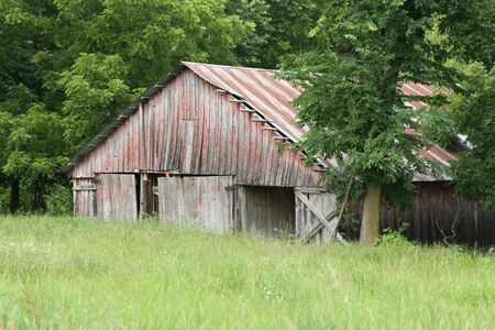 recollections: Weathered barn