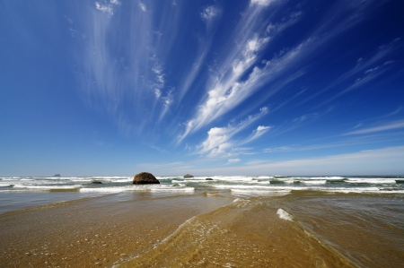 A Beautiful clouds and beach of hug point state park Stock Photo - 20300500
