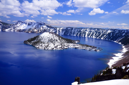 craters: Beautiful crater lake, Oregon