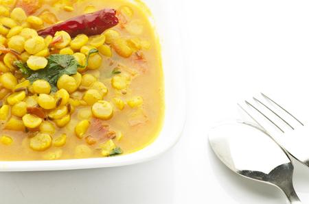 Channa dal  mator dal  kikkererwten curry Stockfoto