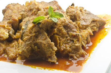 carne de res: carnero curry delicioso