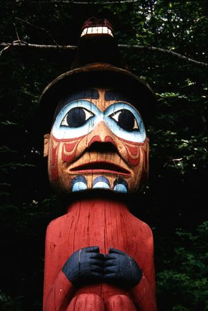pacific northwest: totem face