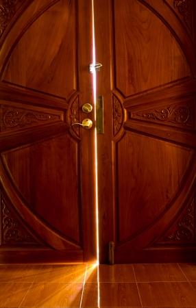 open the door light