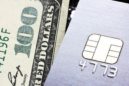 クレジット カードまたは現金での支払いを選択します。 写真素材 - 20722476
