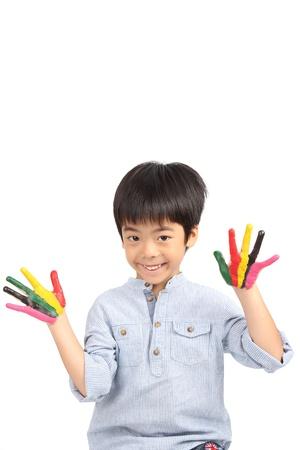 five years old: cinque anni di et� ragazzo asiatico sorriso isolato su sfondo bianco