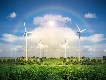 Parque eólico de la turbina con el cielo azul Foto de archivo - 33951405