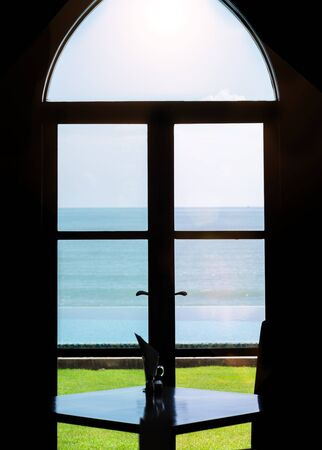 window view: Beautiful Ocean : Silhouette View From The Window