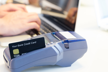 cardreader: Swiping Credit Card In Store