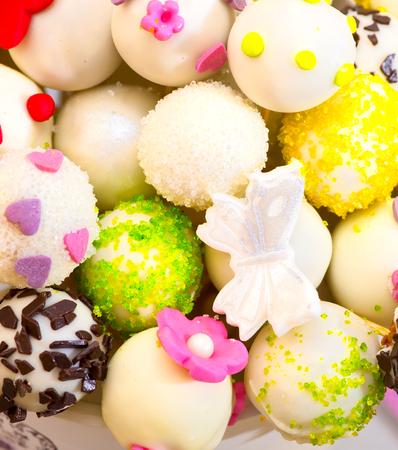 cake pops: Cake pops