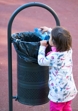 participate: child participate in recycling