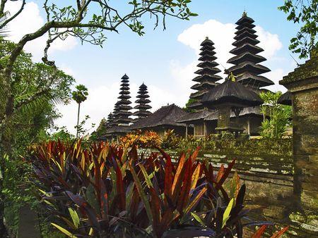 taman: Taman Ayun Temple traditional roofs, Mengwi, Bali, Indonesia