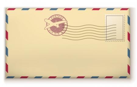 Oude postzegels envelop met postzegels geïsoleerd op een witte achtergrond.