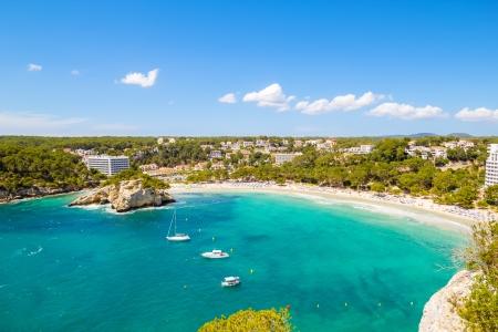 Cala Galdana - een van de meest populaire stranden bij eiland Menorca, Spanje Stockfoto