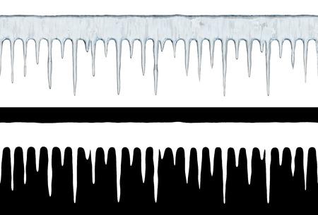 Rangée de glaçons sans soudure isolé sur fond blanc. Modèle d'hiver avec masque de couche. Illustration 3D