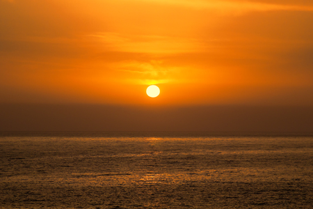Beautiful Sea Orange Sunset Background. Imagens
