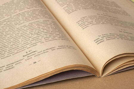 The old open book - in latin language