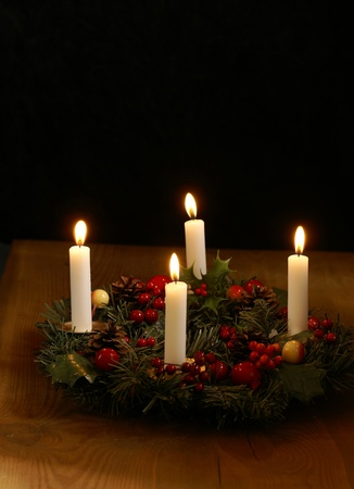 advent wreath: Advent wreath with silver ribbons