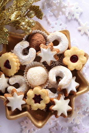Close-up bowl with Christmas cookies. Stock Photo - 20917412