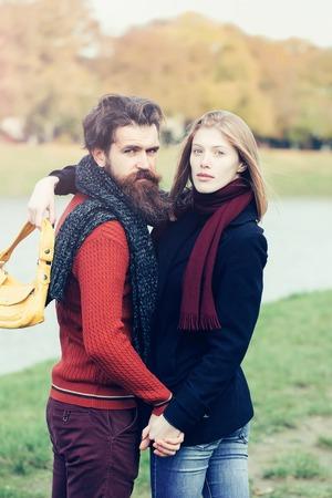 Bonita y joven online dating