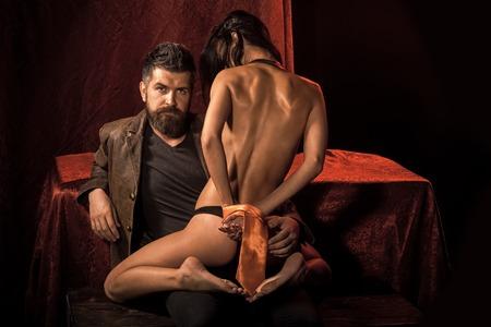 Sexy Frau mit gebundenen Händen, Gesäß. Standard-Bild