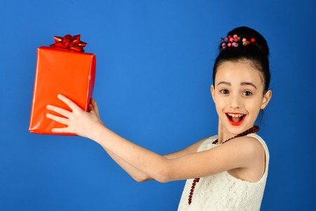 present pack, cyber monday. present box in hands of little girl 写真素材