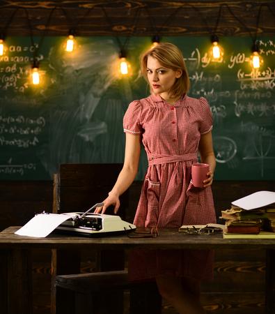 Typist. Professional typist. High quality skills of typist woman. Reklamní fotografie - 103637377