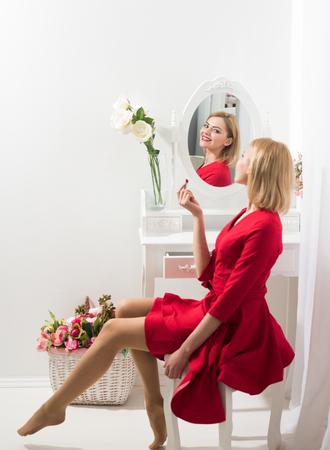 Secret of woman in boudoir put on makeup. secret of womens beauty. Archivio Fotografico