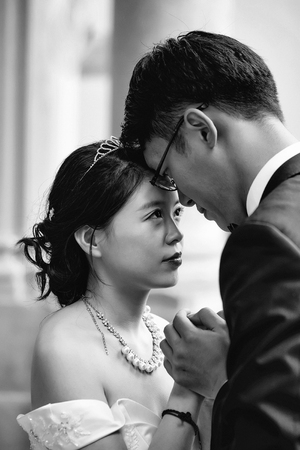 Chinese cute young newlyweds
