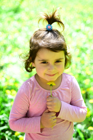 i am a spring. Small child. Natural beauty. Childrens day. Springtime. weather forecast. face and skincare. allergy to flowers. Little girl in sunny spring. Summer girl fashion. Happy childhood. 스톡 콘텐츠